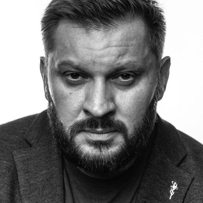 Марк Бартон фото лица