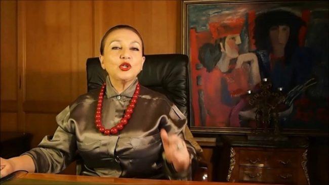 Таня Карацуба Сеид-Бурхан в одном из видео на ютуб