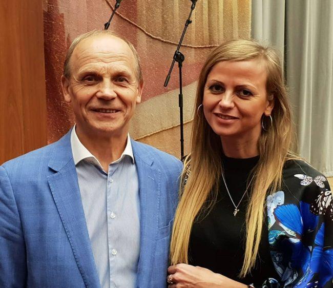 Александр Тимофеевич Огулов с коллегой